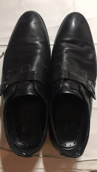 Size 10 us leather shoes Burnaby, V5J 3S7