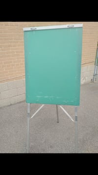 $40 for folding easel flip chart stand Toronto, M9W 2A3