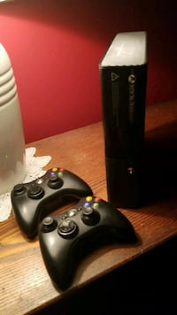 black Xbox 360 console with controller Shedden, N0L 2E0