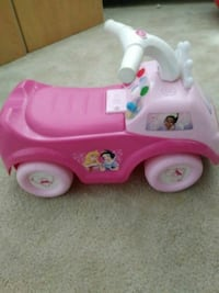 pink and white ride-on toy Austin, 78748