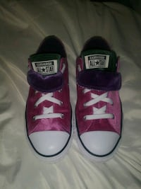 NEW! Converse all star Velvet sneakers youth 4 Baltimore, 21223