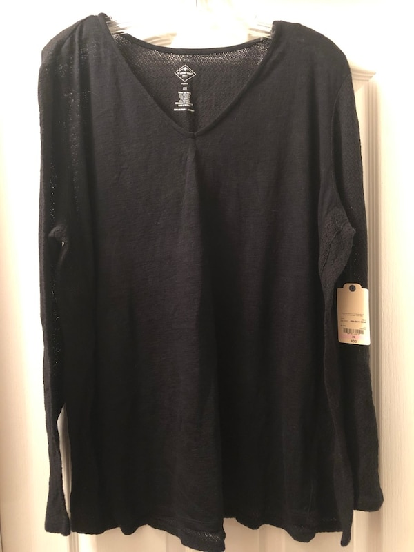 New with tags! Size 2X black bohemian sweater