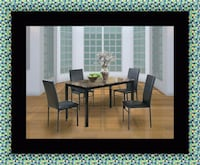 Table with 4 chairs Bowie