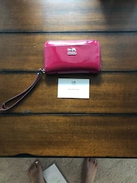 AUTHENTIC COACH WALLET Gaithersburg, 20877