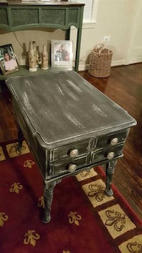 Solid hand made Maple Shabby Chic end table Minden, 71055