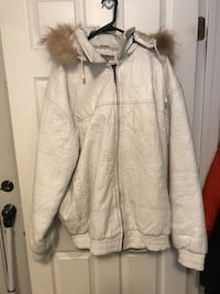All white leather jackets with fur lined hood Fredericksburg, 22406