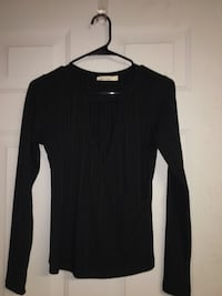 black long-sleeved shirt Aumsville, 97325