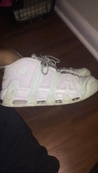 Mint green and white up tempos size 9.5 in women Washington, 20020