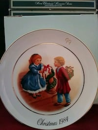 New in box 1984 porcelain plate Avon Hagerstown, 21740