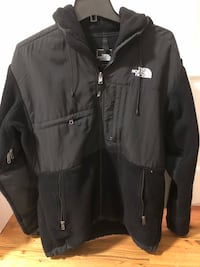 The north face jacket men size M was worn 2 times Flower Hill, 11030