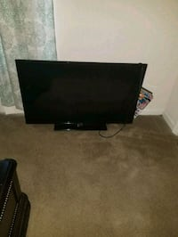 39in flat screen TV with remote Columbia, 29209