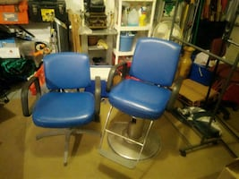 Matching barber and salon chair