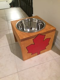 Single dog water bowl  Wasaga Beach, L9Z