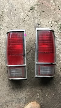 two red car tail lights Painesville, 44077