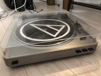 Audio-technica turn table Oshawa, L1G 3H1