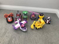 5 Paw Patrol Vehicles & Figures included
