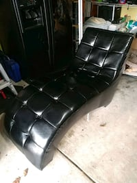 black leather padded rolling armchair Locust, 28097
