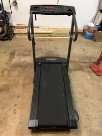 Treadmill Pro-form, folds up, Clean, Must go this week Great Falls, 22066