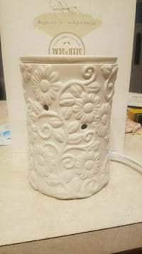Scentsy warmer  Taylorsville, 40071
