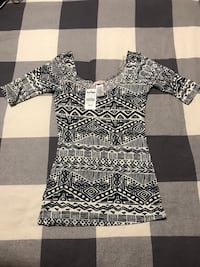 Women's Printed Shirt - Extra Small Toronto, M6A 2T9