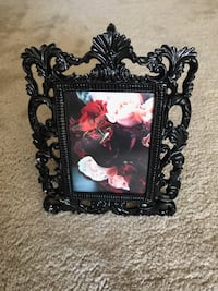 black scrolled photo frame San Jose, 95124