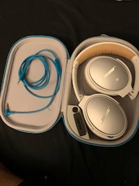 Bose QC 25 noise cancelling headphones Burnaby, V5E 3C5