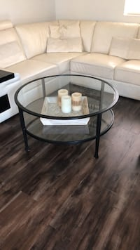 pottery barn glass table Los Angeles, 91335