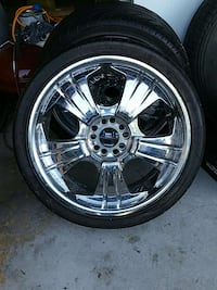 2 rims and tires South Chicago Heights, 60411