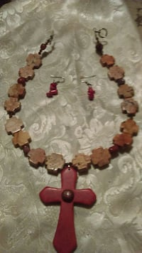 Stone necklace with Coral earrings San Antonio