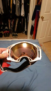 Oakley snowboarding goggles Owings Mills, 21117