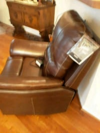 brown leather recliner with electric adjustments Williamsburg, 23188