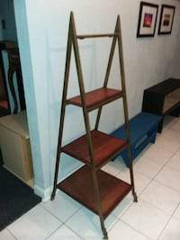 3 level ladder shelves  Missouri City, 77489
