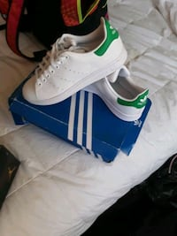 Adidas stan smith size 6  Fort Erie, L2A 1P8