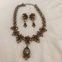 Beautiful necklace with Brown stones and earrings Huntington Beach, 92649