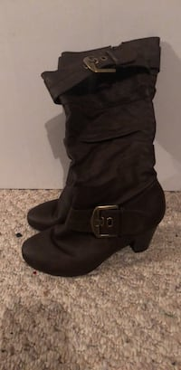 Women's brown leather look  boots Halifax, B3T 2G4
