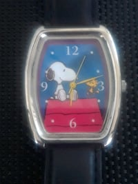 snoopy watch with leather band new