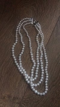 Real pearl three strand necklace Westville, 08093
