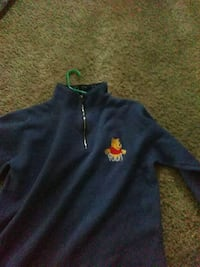 Winnie the Pooh sweater the size is x-large Sugar Notch