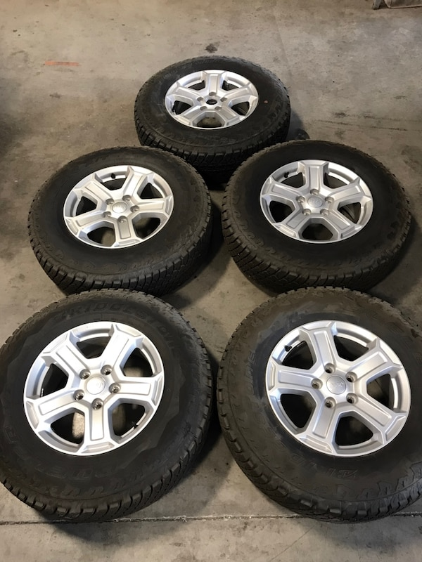 Tires For Jeep Wrangler >> 2018 Jeep Wrangler Bridgestone Wheels Rims Tires 245 75 17