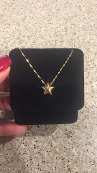 """14k gold chain 18""""with star pendant (real gold) 2307 mi"""