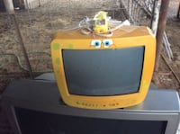yellow and black CRT TV Imperial, 92251