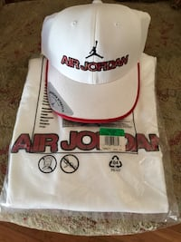 New Jordan XL T-Shirt & Cap Burbank, 91506