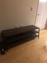 TV Stand - $80 Washington, 20010