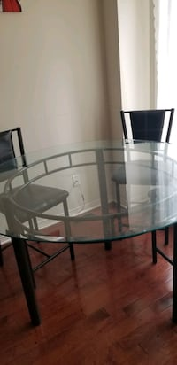 Dining table  Mississauga, L5V 0C3