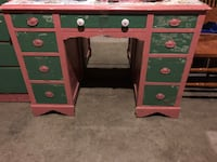 brown and green wooden knee-hole desk Columbus, 43017