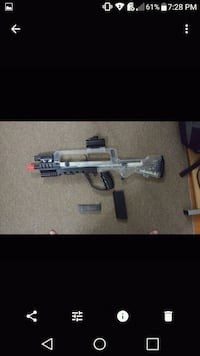 gray and black assault airsoft rifle Laval, H7P 3N6