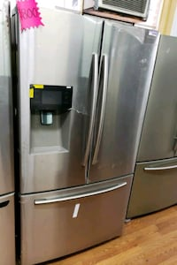 NEW ! SAMSUNG STAINLESS FRENCH DOOR REFRIGERATOR  Long Beach, 90822