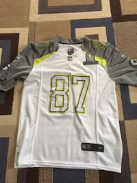 Jordy Nelson Packers Nike Pro Bowl Jersey, Size 44. Slightly worn but in excellent condition.