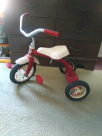 HEDSTROM tricycle