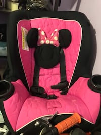 Baby's minnie mouse carseat New York, 10473